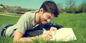 Tagebuch schreiben: 7 Gründe, warum es gegen Stress und Sorgen hilft
