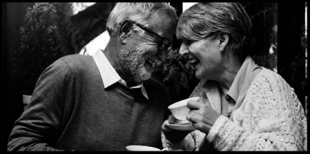 Wovon hängst das seelische Wohlbefinden älterer Menschen wirklich ab?