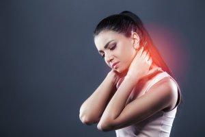 Schleudertrauma: Symptome und Behandlung
